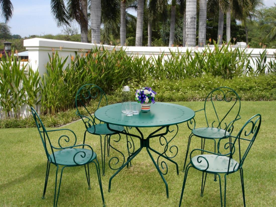 Tables et chaises de jardin - MONTMARTRE | Idea&Ko