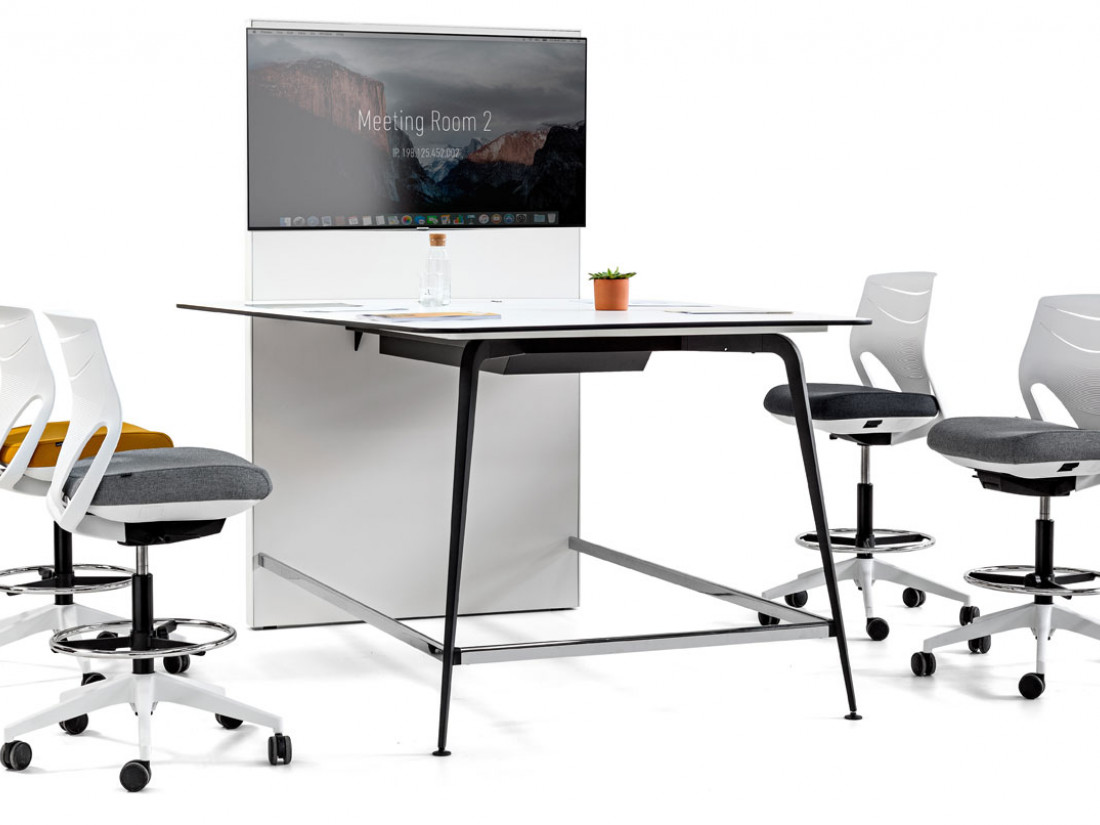 Table haute multimédia pour coworking lydia idea ko